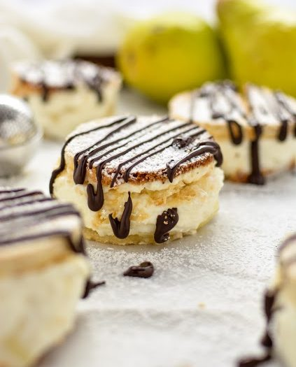 Mascarpone and Pear Cakes