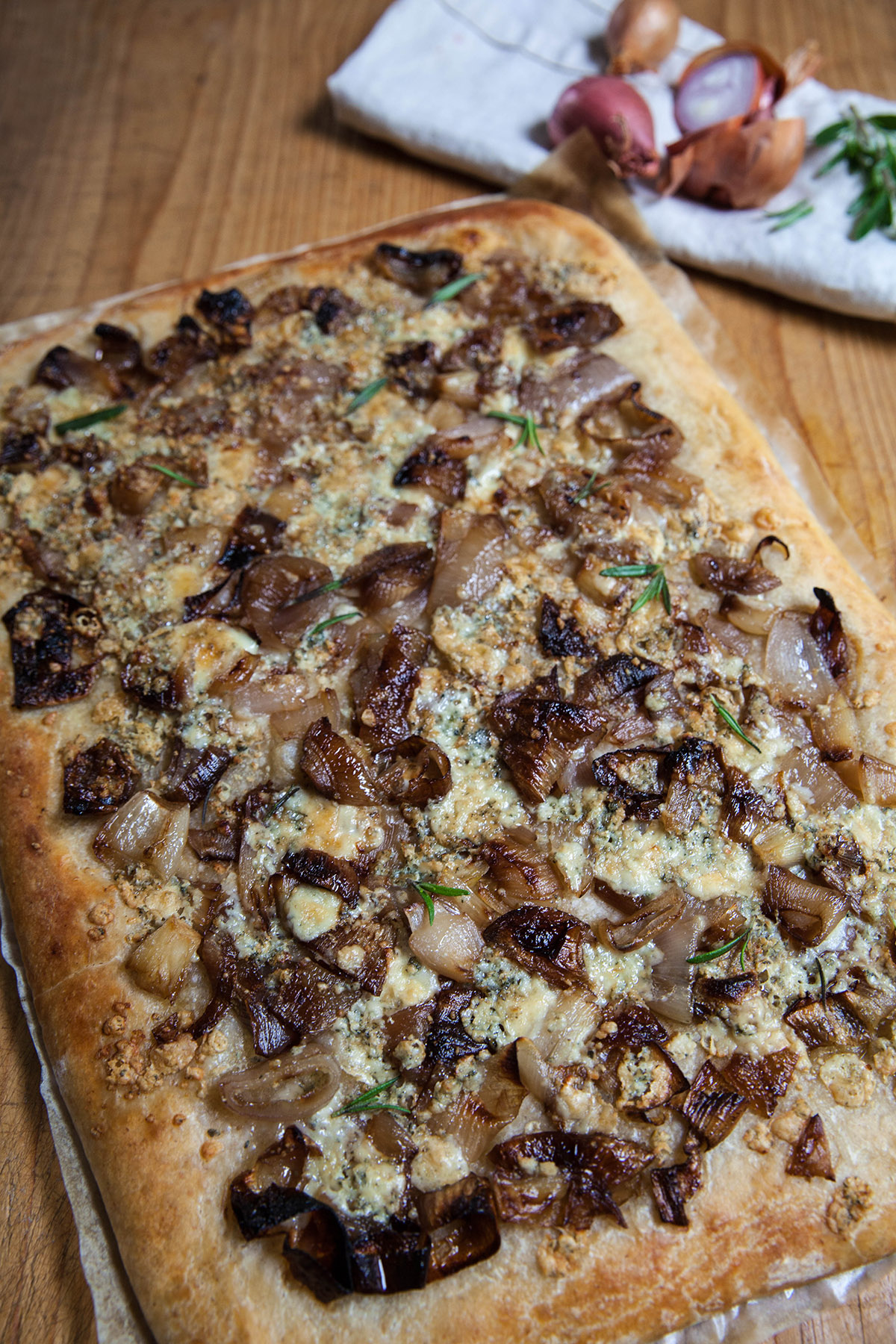 Caramelized Shallot and Gorgonzola Pizza
