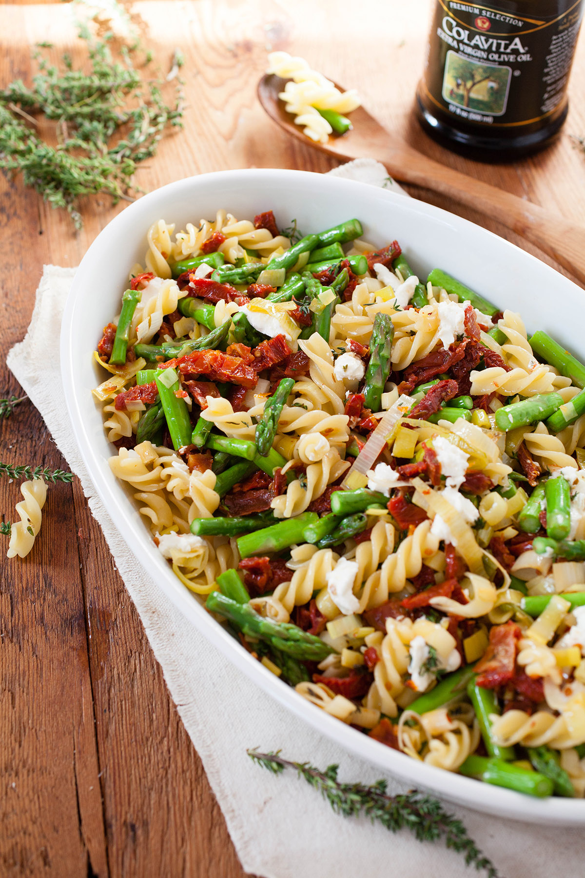 Pasta with Asparagus and Sun-Dried Tomatoes