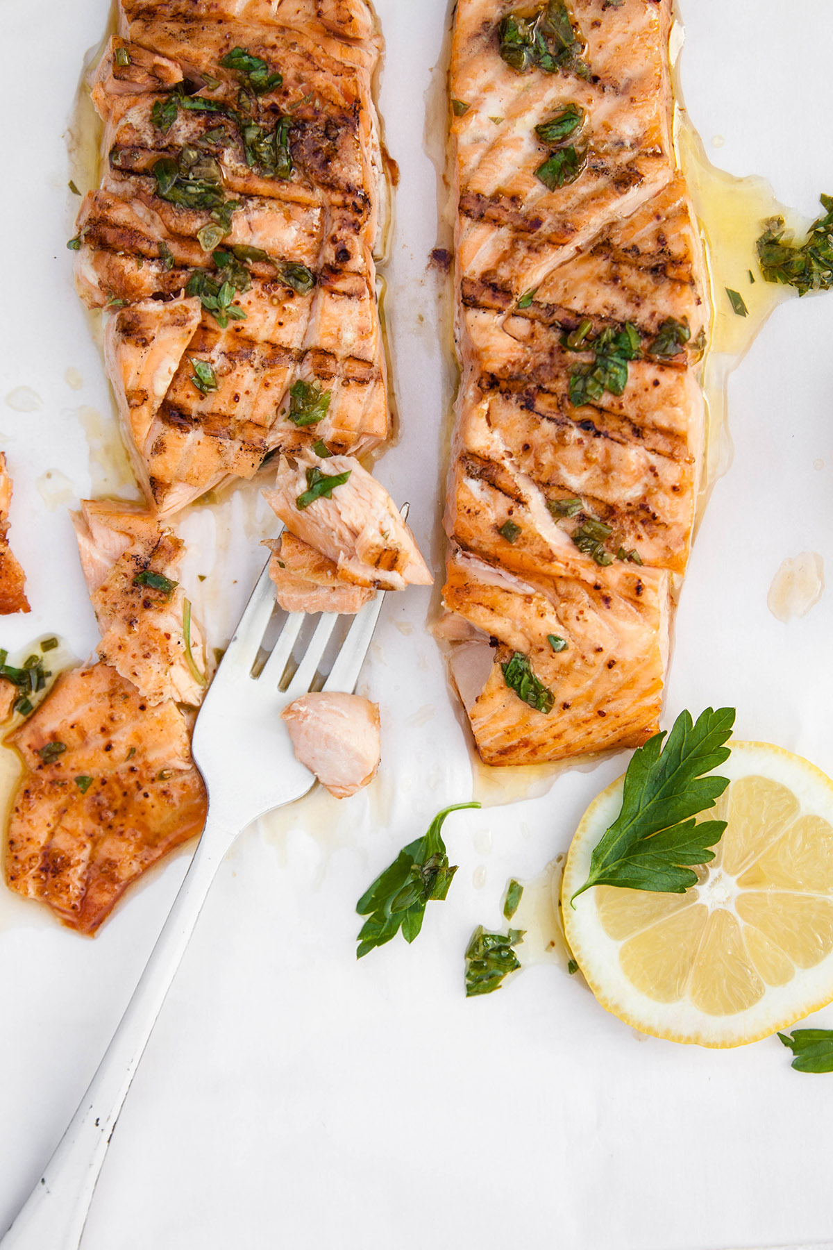 Grilled Salmon with Fresh Herb Dressing