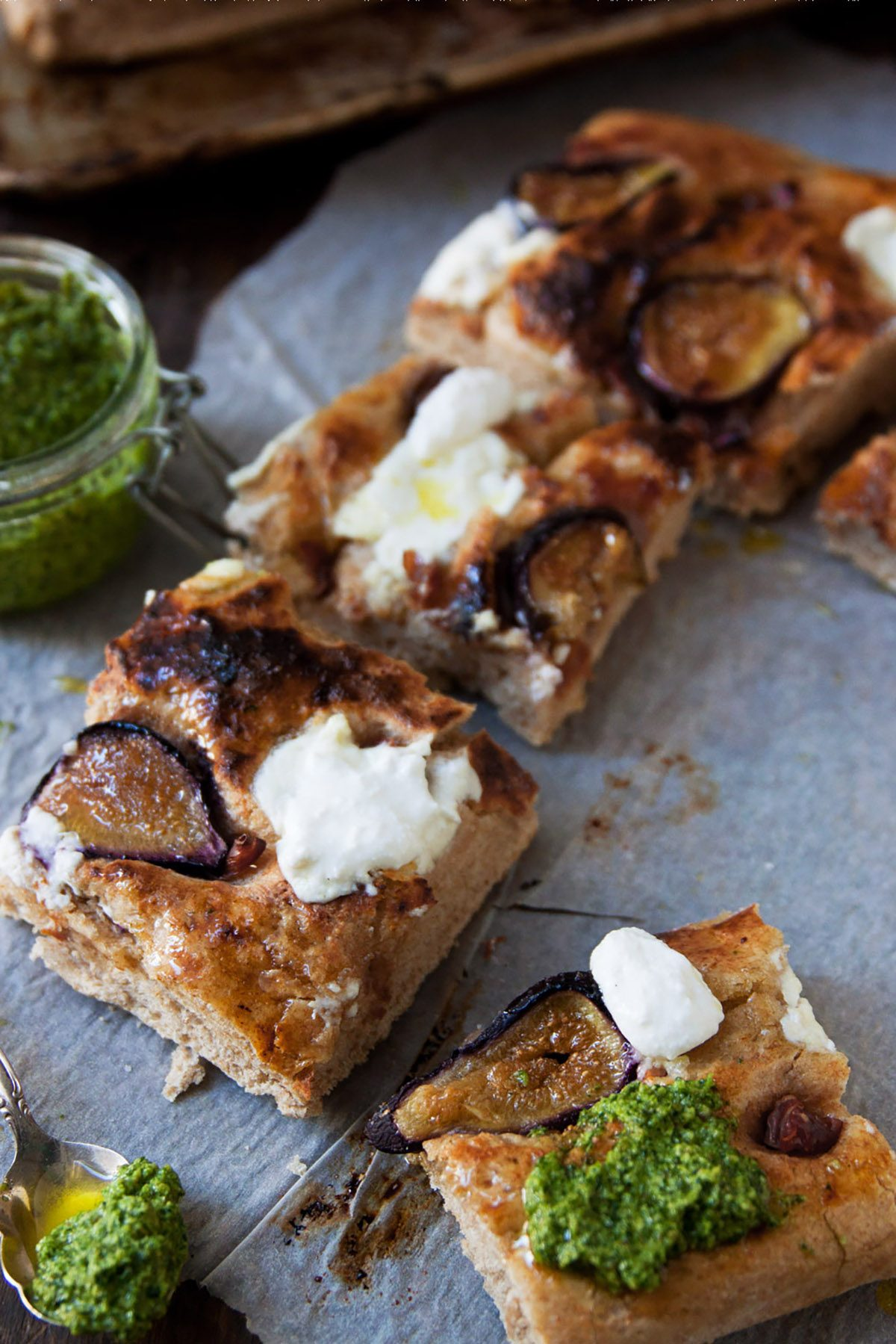 Prosciutto and Fig Picnic Pizza