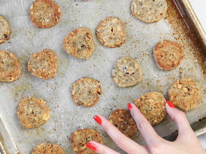Thyme Walnut Cookies